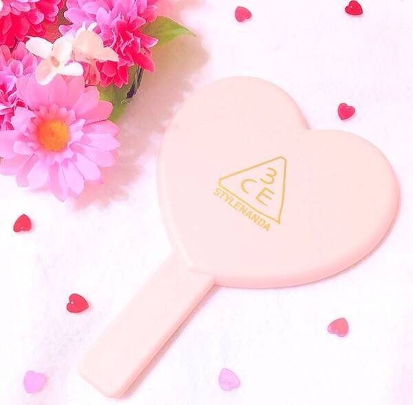 LOVE3CE HEART HAND MIRROR