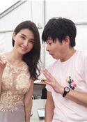 橋本マナミ シースルーセクシードレス姿公開、吉村ガン見
