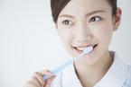 若い世代に歯周病増加!ケアは歯磨き一つで決まる!