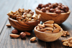 健康的なダイエットにオススメ、自然な甘味が感じられる生のナッツ