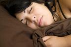 疲れすぎが睡眠の妨げになっているかも? 寝る前に栄養が必要かも