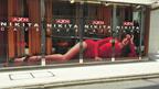 新生「ニキータ」マギー・Qが渋谷をジャック! セクシーポーズの巨大ペイント出現