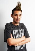"""松田龍平、自身初の""""モヒカン""""姿を披露! 柄本明と親子役で初共演"""