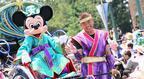 【ディズニー】ミッキー&ミニーが人力車に乗って登場! 2週間限定の七夕イベント開幕