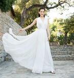 綾瀬はるか、優美な純白ウェディングドレス姿を披露!「オトナな私に仕上がった」