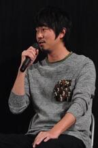 新井浩文、ぶっちゃけトークで先輩俳優陣をメッタ斬り!?