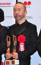 塚本晋也監督、「毎日映画コンクール」2冠快挙も「すいません」連発!
