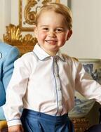 ジョージ王子、「くまのプーさん」誕生90周年記念ブックに登場!