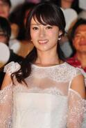 実生活では姉の深田恭子、6年ぶりの白の女王役で「妹ってズルい…」と共感!?