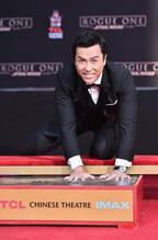 『ローグ・ワン』ドニー・イェンがハリウッド殿堂入り! 「忘れられない日」