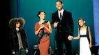 ウィル・スミス夫妻、オスロへ行く。家族総出でノーベル平和賞コンサートにて大活躍!