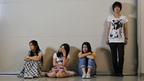 成海璃子、忽那汐里、草刈麻有らがミステリー初挑戦 『少女たちの羅針盤』撮影快調