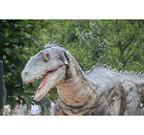 神奈川県・よこはま動物園で等身大恐竜が暴れまわる「恐竜ライブ」開催