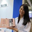 CEATEC JAPAN 2014 - ヘルスケアにまつわる展示まとめ - 二の腕の皮下脂肪厚をチェックできるタニタなど