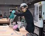 火花散るテープカット! 総額5億円のものづくり施設「DMM.make AKIBA」がオープン