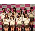 小泉、静電気を抑えて髪をサラツヤに導く「リセットブラシ」 - 発売記念イベントにはNMB48の「しがらみ女子応援隊」も登場