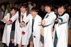 ももクロが白衣姿で初講義! 百田夏菜子、メンバーとのラブシーン秘話を告白