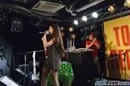 あの「流行語大賞」お笑い芸人のコスプレも披露! トミタ栞4thシングル「だめだめだ」発売記念イベントin 渋谷タワーレコード