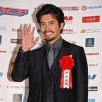 伊藤英明、映画賞表彰式を前に「早く帰りたい」「トロフィーだけ家に郵送」