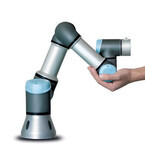 Universal Robots、本体重量11kgの卓上ロボットアーム「UR3」を発表