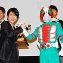 仮面ライダー3号・及川光博、V3からのトロフィーに「本当の3号はあなただよ!」