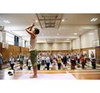 東京都千代田区で、ヨガ講師80名が集結する体験型ヨガイベント開催