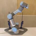 ボタンひとつで動きを設定できる産業用ロボット - Universal Robots CEOが自社製品を説明
