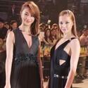 土屋アンナ&高橋メアリージュン、胸元の開いたセクシードレスで魅了!