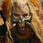 『マッドマックス』最凶ラスボスの狂気あふれる映像公開!「イカれてる」