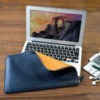 高級志向の本革MacBook Air専用ケース - 13インチ用は40,000円