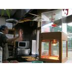 手をかざすだけでたこ焼きの味を変える!? 東京都に本当にある変わった店