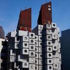 東京都・銀座の中銀カプセルタワー保存に向けたクラウドファンディング開始