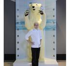 神奈川県・横浜にチョコでできた2.50mのホッキョクグマ登場 - ペンギンも!