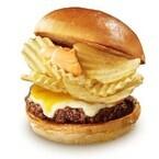 ロッテリア、カルビーとコラボした「ポテトチップスバーガー」など2品発売