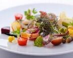 東京都・銀座の「メニューの無いレストラン」で夏野菜のコース料理が登場