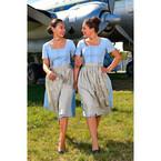 ルフトハンザ、機内でオクトーバーフェスト! CAは50年代の衣装でおもてなし