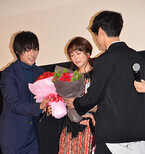 桐谷美玲、サプライズに涙止まらず山崎賢人から「ヒロイン合格」のお墨付き