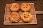 パイが笑ってる! オーストラリアのパイ専門店「パイフェイス」が日本初上陸