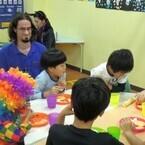 イマドキ「学童保育」はこんなにも進化しています (7) 東京都・練馬区「Kids Duo大泉学園」、ネイティブの先生と英語で会話