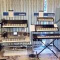 カシオの歴代電子楽器を特別展示 - 「本格的楽器」と「音楽人口拡大」を目指してきた35年間