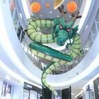 お台場に『ドラゴンボール超』巨大神龍&フリーザロボが降臨、上から見た神龍の姿とは?
