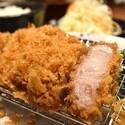 とんかつ専門店「神楽坂 さくら」は、厚さ20mmのとんかつとご飯が魅力的!