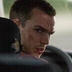 ニコラス・ホルトが速度無制限の高速を激走!『アウトバーン』6月10日公開