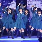 欅坂46、GirlsAwardで観客魅了! デビュー曲など堂々パフォーマンス