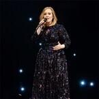 アデル、総資産134億円で英女性ミュージシャン長者番付史上トップに