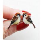 色鮮やかな小鳥のピアスが可愛すぎるっ!