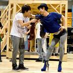 三浦春馬、12cmピンヒールでセクシーダンス! 小池徹平「圧倒される」