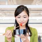 川口春奈は、表情豊かで天才肌の女優! 撮影中の出前姿にスタッフもほっこり? - 監督は語る