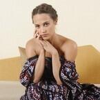 アリシア・ヴィキャンデル、愛する『ボーン』シリーズ最新作の魅力熱弁! 演じたヒロインへの思いも