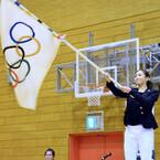 国分太一、東久留米市で故郷愛見せる - パラリンピック旗受け渡し